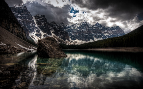 Moraine Lake, Alberta, Canada. By pat1926