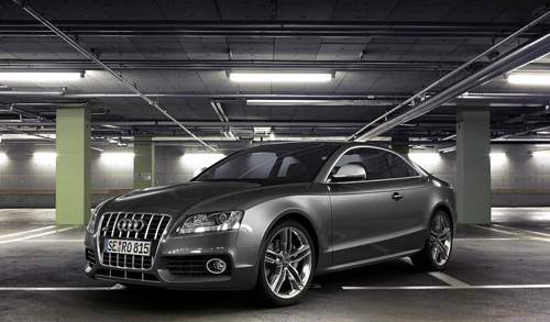 Audi S5 A5 Rendered in Cinema 4D by Maurice Panisch