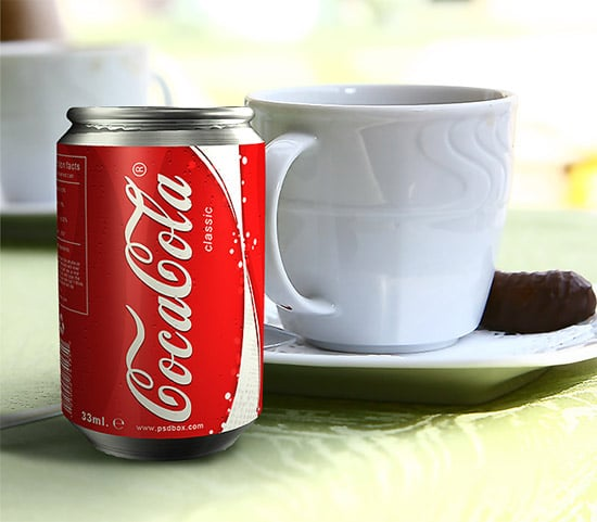 Learn how to create a realistic 3d can in Photoshop