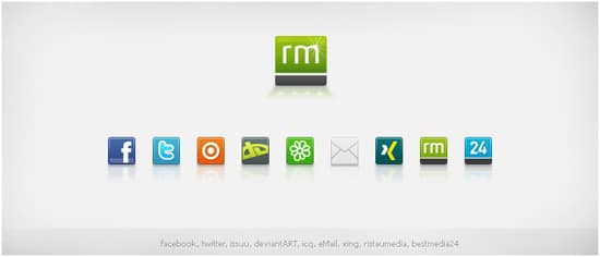 Social Media Icons by ristaumedia