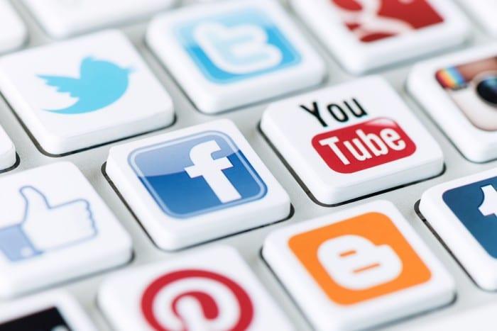 Viral Marketing with Social Media Bundle