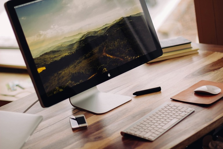 How To Start A Successful Freelance Graphic Design Business